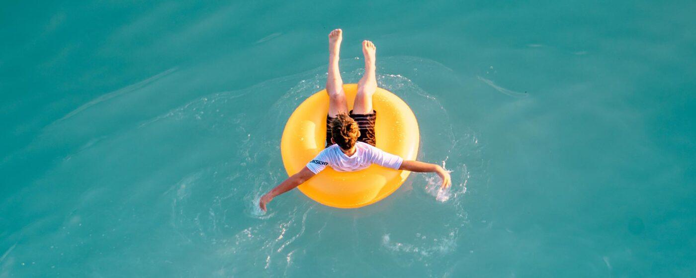 Urlaubsfester Pool